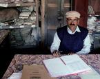 India's Amazing No-Show Civil Servant Wins Membership in the Bureaucrat Hall of Fame
